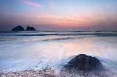 Holywell Sunset waves #1 (GOLDENORFE) Tags: cornwall holywellbay gullrock longexposure sunset
