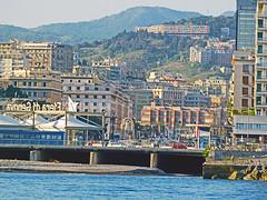 18063000904battello (coundown) Tags: genova battello porco panorama scorci barca barche navi lanterna spiagge viste pilota pilot
