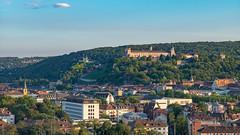 20180716_201923_Leica_MP_1103796.jpg (RD B) Tags: weinamstein weinfest leicamptyp240 leicaaposummicronm90mmf20asph weinberg berg gebäude burg würzburgerfestung nature building mountain würzburg bayern germany de