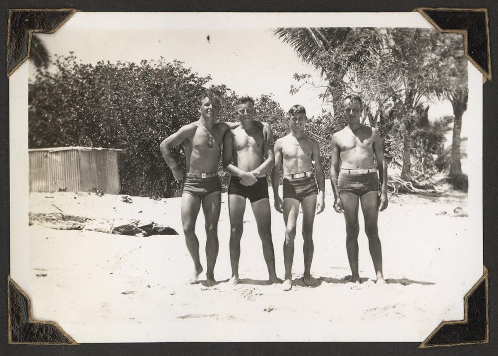 Soldiers on the beach on Green Island, Cairns, 1943
