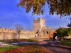 Kalemegdan wall (Superoperater hero) Tags: beograd fortress kalemegdan medieval outumn photos tower tvrdjava
