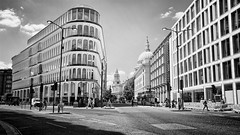 30 cannon street (khrawlings) Tags: 30 cannon street london city monochrome bw blackandwhite arches new building architecture cathedral dome church stpauls spire shadow road bus