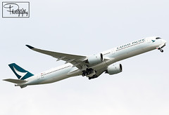 """Cathay Pacific Airways ~ Airbus A350-1041 """"B-LXA"""" (*DavE - PhotographY*) Tags: cathaypacificairways airbusa3501041 blxa a350 airbus airbusa350 a3501000 vhhh hkg cx cpa 118"""