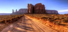 Navajo territory (CloudPhotoz) Tags: navajo territory paysage landscap road street chemin route monument valley rès belle capture