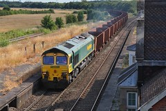 Ore Carrier (JohnGreyTurner) Tags: br rail uk railway train transport diesel engine locomotive brocklesby lincolnshire 66 class66 shed fl freightliner freight iron ore