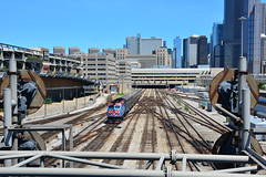 Metra #210 (Jim Strain) Tags: jmstrain train railroad railway locomotive illinois metra chicago unionstation commuter transit