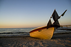 Usedom (marko-DD) Tags: sonnenuntergang sommer sunset sun summer boot boat strand beach sand wasser water welle meer sea himmel sky urlaub usedom ostsee