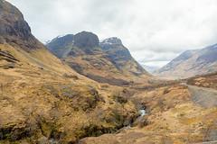 Near Ralston Cairn (Courtarro) Tags: bideannambian hdr ralstoncairn scotland mountain