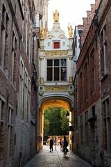 In Bruges (romanboed) Tags: leica m 240 summilux 50 europe belgium bruges sun golden light calm evening