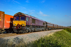 66743 + 66746 - Ely West Junction - 11/07/18. (TRphotography04) Tags: belmond royal scotsman liveried gb railfreight 66743 66746 pass ely west junction clayway foot crossing working 1z86 1730 cambridge scarborough