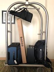 IMG_2223.jpg (mikepirnat) Tags: cart box marriott amplifier cleveland backpack suitcase luggage hotel ohio pycon2018 pycon guitar unitedstates us