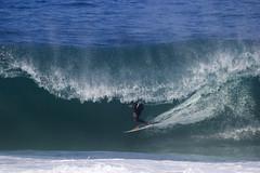 Marcelo Trekinho em São Conrado (foto_Blanco) Tags: surf surfing photography fineart beach sea wave barrel action