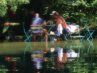 Un dimanche les pieds dans l'eau... Sunday feet in water...