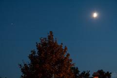 Jupiter-Moon-Spica / @ 55 mm / 2018-07-19 (astrofreak81) Tags: mond jupiter spica night crescent dresden moon sky planet luna light