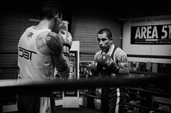 32671 - Face Off (Diego Rosato) Tags: ring match incontro boxe boxing pugilato boxelatina bianconero blackwhite rawtherapee nikon d700 2470mm tamron face off