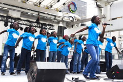 Joy to the World (klauslang99) Tags: streetphotography klauslang toronto girls choir singing performance