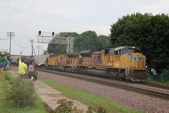 Eastbound UP Train (kschmidt626) Tags: union pacific train illinois rochelle park railroad graffiti bnsf burlington diamond
