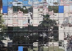 Frames (carlos_ar2000) Tags: edificio building ventana window reflejo reflected reflection distorsion distortion surreal abstracto abstract arquitectura architecture belgrano buenosaires argentina