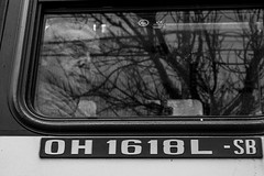 The old man in the window. (Wal Wsg) Tags: theoldmaninthewindow theoldman elansianoenlaventana man hombre elansiano argentina buenosaires caba villacrespo phwalwsg photography photo foto fotografia fotocallejera street streets byn bw blackandwhite blancoynegro canoneosrebelt6i canon window ventana people gente persona