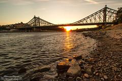 Sonnenuntergang am Blauen Wunder (Bilderweise Hobbyfotografie) Tags: sonnenuntergang sunset sun sachsen saxony canon eos70d elbe labe bridge brücke blaues wunder loschwitzbrücke dresden