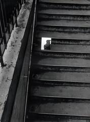 Expression Plurielles 04/06 (kyopé) Tags: canonet argentique kodak kodakfilm film filmcamera filmphotography ishootfilm 35mm noiretblanc noir blackandwhite black white blanc reflect reflet miroire mirror ql 17 canonetql17 analog