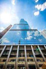 Can't Slow Down (Thomas Hawk) Tags: adriansmith america chitown chicago chicagoarchitecturerivercruise chicagoriver illinois som skidmoreowingsandmerrill trumpinternationalhotelandtower trumptowerchicago usa unitedstates unitedstatesofamerica architecture skyscraper us fav10 fav25 fav50