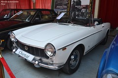 Fiat 1500 Cabriolet 1966 (Monde-Auto Passion Photos) Tags: voiture vehicule auto automobile fiat 1500 cabriolet convertible roadster spider blanc white ancienne classique rare rareté petite little collection vente enchère osenat france fontainebleau