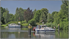 Neustadt-Glewe Hafen (/RealityScanner/) Tags: germany deutschland exddr mecklenburgvorpommern neustadtglewe hafen wasser boot himmel bäume sonnenschein harbour water boat sky trees sunshine panasonic lumix gx9