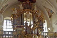 _DSC3570 (SLVA49) Tags: organo reloj tubos plomo ventanas murales luz vidrieras reja baranda nikon df 70200mm 1ev