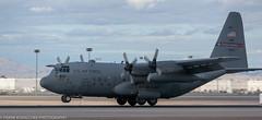 C-130 from the Ohio Air Guard landing at KLAS (Alaskan Dude) Tags: travel las klas mccarren mccarreninternationalairport planespotting airplanes airliners airliner aviation planewatching