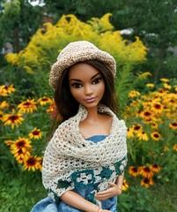 Beatrice (ArtCat80) Tags: curvy barbie dolls knitting hat doll