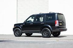 Land Rover Discovery LR4 on Black Rhino Barstow wheels - 4 (tswalloywheels1) Tags: land rover discovery 4 lr4 black rhino offroad off road aftermarket truck suv alloy alloys barstow rim rims wheel wheels textured matte