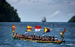 encounter (Collin Key) Tags: bandanaira moluccaislands boat maluku indonesia cruiseliner tradition banda indonesien id