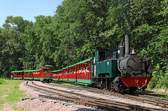 Climbing the Grade (jterry618) Tags: omahazoorailroad henrydoorlyzoo omaha nebraska steamlocomotive steamengine narrowgauge steamtrain