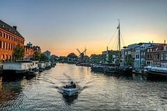 Sunset in Leiden (thijs.coppus) Tags: woonboot ship schip boot boat huizen city stad galgewater singel gracht canal water niederlande netherlands nederland holland leyden leiden zonsondergang sunset