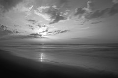 and black hour... (tdwrsa) Tags: canoneos70d efs1018mmf4556isstm monochrome indianocean sunrise kingsburgh beach longexposure