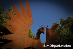 Blacksmith sculpture - Woodlands Farm (@MichpixLondon) Tags: woodlands woodland woodlandfarm woodlandsfarm shooters hill plumstead se18 london anvil sparks welder welding arc arcweld blacksmith blacksmiths