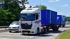 DH66 EFV (Martin's Online Photography) Tags: mercedes actros mp4 truck wagon lorry vehicle freight haulage commercial transport a580 leigh l lancashire nikon nikond7200