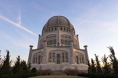 Sunset behind the Baha'i Temple (s.d.sea) Tags: chicago illinois architecture pentax wide angle k5iis sky city bahai temple sunset winter sunny