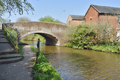 Meadow Lane Bridge, Little Haywood, Staffordshire 21/04/2018 (Gary S. Crutchley) Tags: little haywood trent and mersey canal staffordshire nikon d800 raw