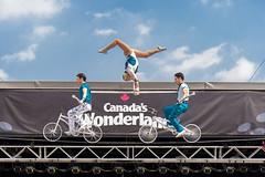 DAD_1909r (crobart) Tags: high wire balancing ultimate thrills circus show performance acrobatics acrobats canadas wonderland amusement theme park cedar fair