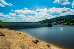 Schwarzenbach Dam (Brian Out and About) Tags: nikon d5200 ©brianblair2018 lee filters longexposure daytime dam water reservoir beach summer architecture 3lt ngc
