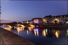 Laval by night (Fotomaniak 53) Tags: ville pont nuit night pose longue couleurs soir été 2018 fotomaniak53 célinel canon 550d eos raw lumières reflets eau rivière mayenne 53 pays de la loire