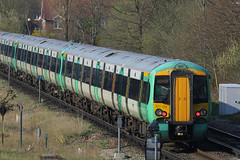 377152, Gatwick Airport, April 7th 2015 (Southsea_Matt) Tags: 377152 class377 electrostar bombardier southernrailway govia goahead gatwickairport sussex england unitedkingdom train railway railroad emu electricmultipleunit canon 60d 70200mm april 2015 spring vehicle publictransport passengertravel