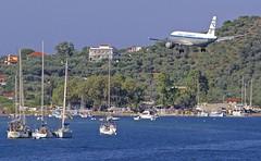 "JSI/LGSK: Condor ""Retro"" Airbus A320-212 D-AICA (Roland C.) Tags: jsi lgsk airport skiathos greece airbus a320 320200 a320212 daica airliner aircraft aviation plane jet condor germany"