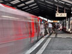 Rush-hour_7202273 (clauslabenz) Tags: deutschland hamburg hafen hafencity architektur street sw