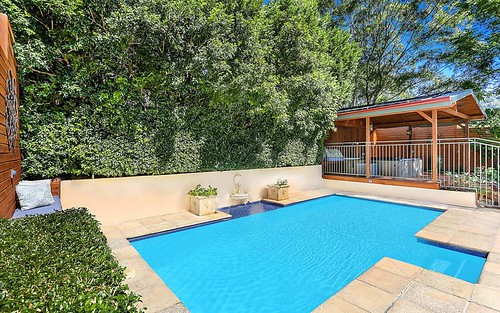 81 Valley Dr, Figtree NSW 2525