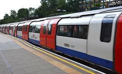 Northern Line at Finchley Central (afagen) Tags: london england uk unitedkingdom greatbritain londonunderground underground tube thetube subway transit train finchleycentral finchley
