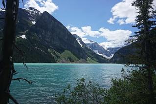 LAKE LOUISE, A WORLD-CLASS TREASURE IN CANADA, Series 3/5