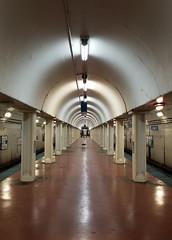 Vanishing Point (trainphotoz) Tags: cta chicagotransitauthority blueline lasallestreet lasalle subway